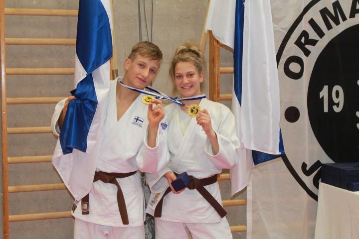 Kultamitalistit Valtsu & Noora